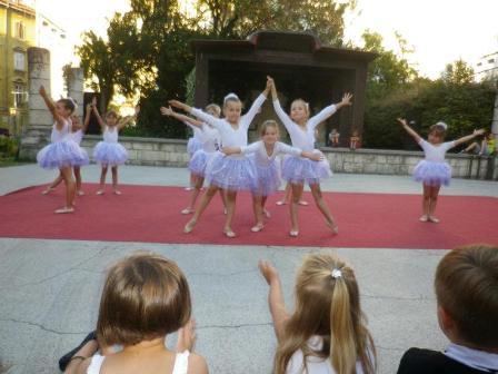 plesna_skupina_plesaoni_ica